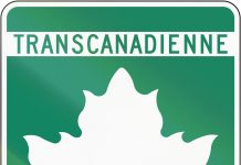 Highway shield of the Trans-Canada highway/Transcanadienne in Quebec.